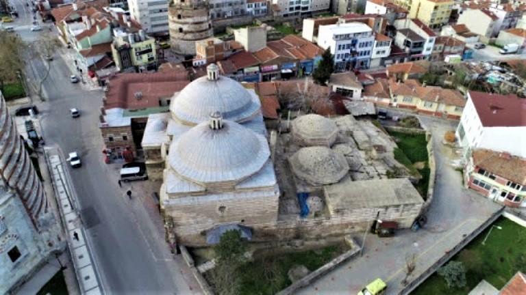 Sokullu Hamamı'nın Üç Şerefeli Cami minaresinden görünüşü
