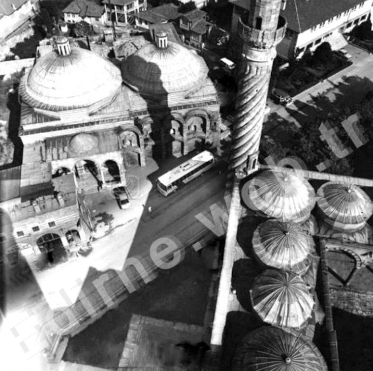 Sokollu Hamamı'nın Üç Şerefeli Cami minaresinden görünüşü