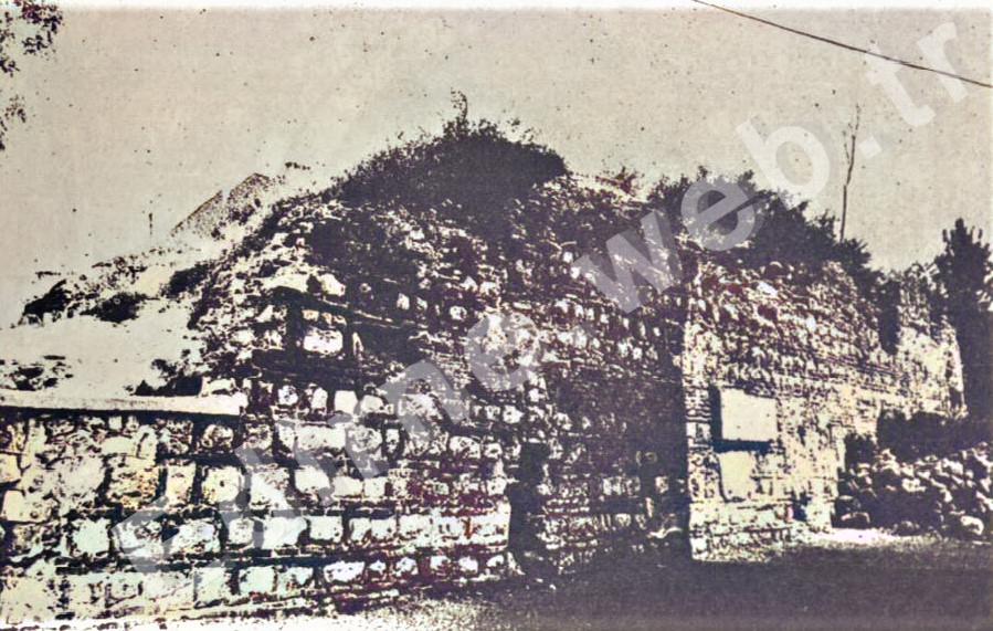 Topkapı Hamamı batı duvarı