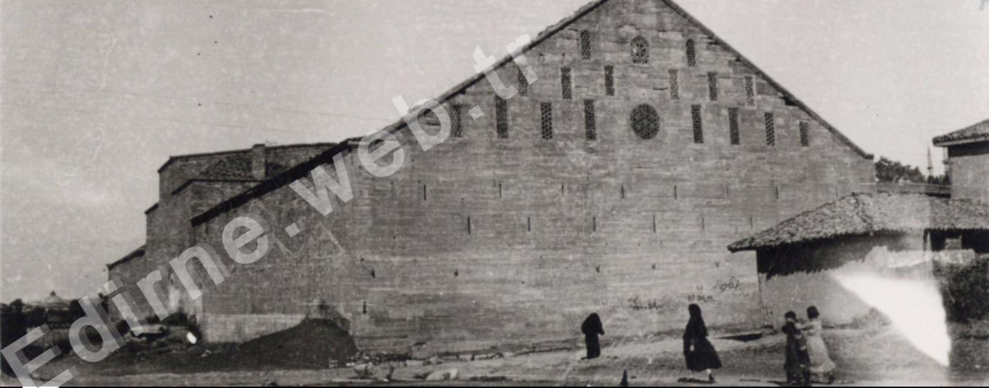 Ekmekçizade Ahmet İzzet Paşa Kervansarayı-1953