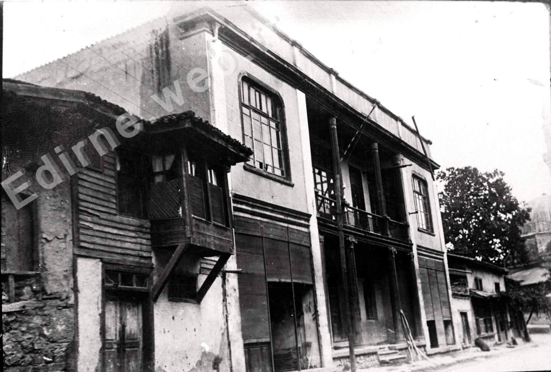 Eski İstanbul Caddesi - Lülepaşa ilkokulu